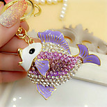 Cute Rhinestone Fish Shaped Keychain(Random Color)