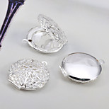 Vintage Style Round Shape Hollow Silver Plated Pendant(Bronze ,Silver)(1Pc)