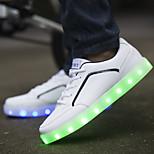miesten vapaa-ajan johti kenkiä usb latauksen led valoisa (koko: 39-44)
