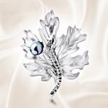 Fashion All-Match Maple Pearl Brooch