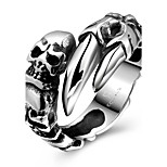 Unique Generous No Decorative Stone Men's Stoving Varnish Claw Skull Stainless Steel Ring(Black)(1Pc)
