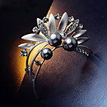 Luxury Brand Pearl  Brooch Flower Leaves