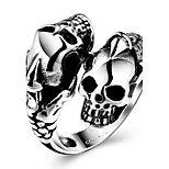Generous Individual No Decorative Stone Men's Stoving Varnish Double skulls Stainless Steel Ring(Black)(1Pc)