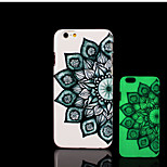 aztèque motif de mandala lueur dans la couverture arrière en plastique dur noir pour iPhone 6 6s iphone cas