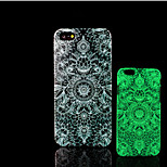 Aztec Mandala Pattern Glow in the Dark Hard Plastic Back Cover for iPhone 5 for iPhone 5s Case