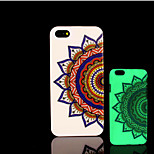 Mandala Pattern Glow in the Dark Hard Plastic Back Cover for iPhone 5 for iPhone 5s Case