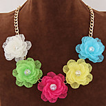 Women's New Summer Fashion Delicate Sweet Temperament Exaggerated Large Flowers Short Statement Necklace