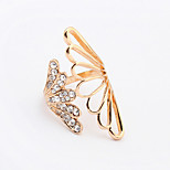 Women's New Fashion Shiny Rhinestone Exaggerated Angel Wings Band Ring