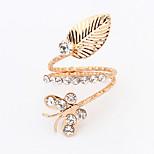 Women's New European Fashion Butterfly Leaf Rhinestone Ring