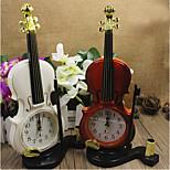bunten Desktop Kunststoff Uhr Nadel Wecker Violine Uhr Mini-Quarz (gelegentliche Farbe)