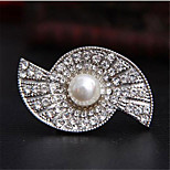 Fashion Alloy Rhinestone Immitation Pearl Brooches for women