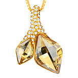 Colorful Rhinestone 18k Gold/Platinum Plated Clear Irregular Cut Crystal Rhombus Pendant Necklace For Women P30168