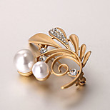 European and American fashion zircon Pearl Brooch Series 010