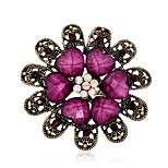 Women's Vintage Resin Leaf Crystal Rhinestone Gold Plated Flower Pins Jewelry Brooches For Party/Casual
