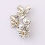 European and American fashion zircon Pearl Brooch Series 024