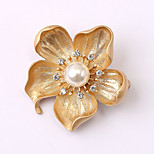 European and American fashion zircon Pearl Brooch Series 020