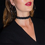 Necklace Choker Necklaces Jewelry Party / Daily / Casual Fashion Velvet Black / White 1pc Gift