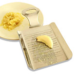 Stainless Steel Bruised Ginger and Mashed Garlic Maker Ginger Grater Ground Ginger Garlic Kitchen Gadgets
