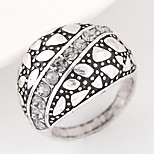 Women European Style Retro Vintage Fashion Simple Band Ring