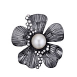 Women's Brooches Crystal Pearl Pearl Alloy Natural Flower White Black Jewelry Daily