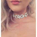 Women's Choker Necklaces Rhinestone Infinity Alloy Euramerican Fashion Luxury Jewelry For Wedding Party 1pc