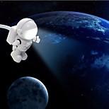 Usb llevó luz de la noche la forma de dibujos animados el blanco astronauta pc fuente de alimentación del banco dc 5v lámpara de mesa