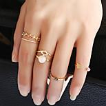 Жен. Классические кольца Кольцо манжета кольцо Круглый дизайн Euramerican Английский Мода Винтаж Rock Multi-Wear способыМеталлический