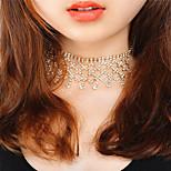 Жен. Ожерелья-бархатки Стразы Геометрической формы Медь Стразы Мода Euramerican Pоскошные ювелирные изделия Бижутерия НазначениеДля
