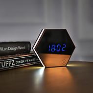 Multifunktionell bildklocka väckarklocka ledde den lilla natten lampan som skyddar en ögon smink spegel