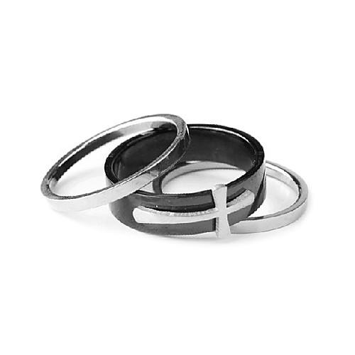 Кольцо с крестом из титановой стали  149.000