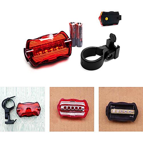велосипед 7-Mode 5-LED красный свет хвостом предупреждения безопасности света (2 АА)  85.000