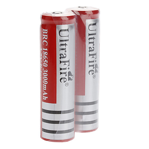Зарядное устройство (100-240V)  2 UltraFire аккумуляторные батарейки (18650 3.7V 3000mAh)  558.000