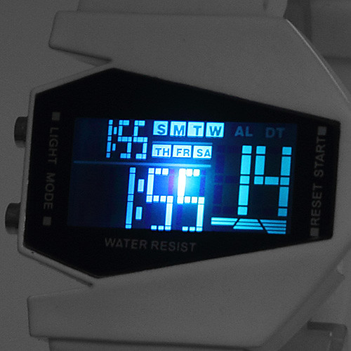 Наручные LED часы с силиконовым ремешком (белые)  287.000