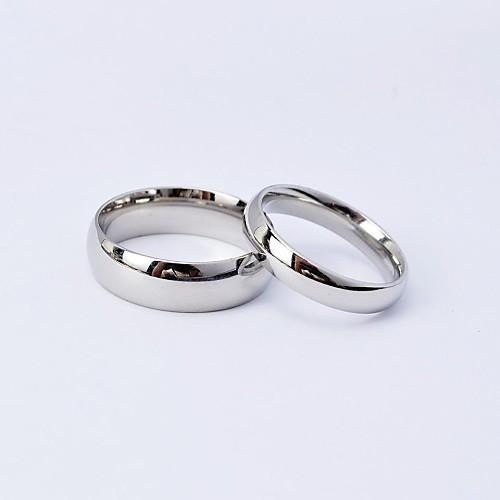 Купить со скидкой Для пары Кольца для пар Титановая сталь Дружба Дамы Модные кольца Бижутерия Серебряный Назначение Св