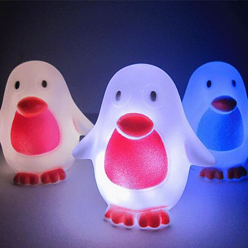Coway творческий пингвин разноцветных привело ночник
