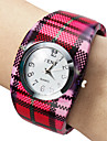 Women's Plaid Style Alloy Analog Quartz Bracelet Watch (Multi-Colored)