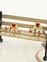 Корейская ювелирных изделий с бриллиантами серьги серьги серьги прекрасные письма поцелуй (случайный цвет)