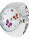 Women's Butterflies Pattern Silver Alloy Quartz Analog Ring Watch Cool Watches Unique Watches