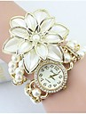 Women's Fashion Crystal Pearl Flower Shape Quartz Analog  Bracelet Watch(Assorted Colors) Cool Watches Unique Watches Strap Watch
