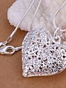 Mulheres Colares com Pendentes Formato de Coração Prata Chapeada Amor Coração Moda Prata Jóias Para Casamento Festa Diário Casual 1peça