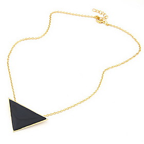 Women's Gold Plated Alloy Acrylic Triangle Pattern Necklace 653191