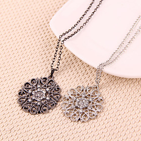 Women's Hollow Out Pendant Necklace Flower Ladies European White Black Necklace Jewelry For Party