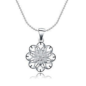 Women's Cubic Zirconia Hollow Out Choker Necklace Pendant Necklace Pendant Sterling Silver Zircon Cubic Zirconia Flower Ladies White Necklace Jewelry For Chris