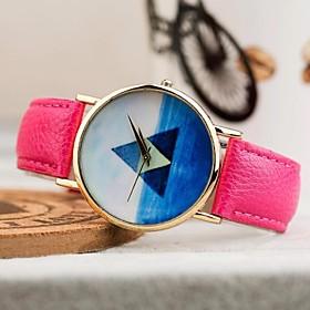 Women's Fashion Triangle Blue Sea Pattern PU Band Quartz Watch (Assorted Colors)