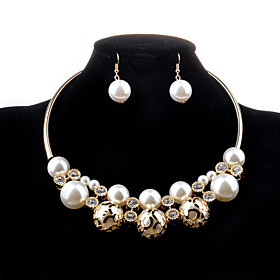 Women's Pearl Hollow Jewelry Set - Pearl, Imitation Pearl, Imitation Diamond Luxury, Fashion Include Necklace / Earrings Golden For Wedding Party Daily
