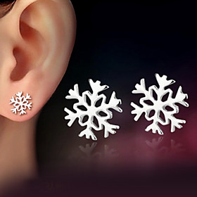 Women's Stud Earrings Sterling Silver Silver Earrings Snowflake Ladies Classic Jewelry Silver For Wedding Party Daily