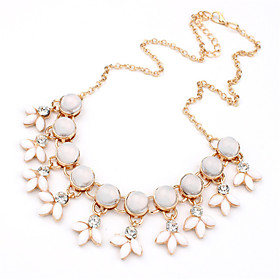 Women's Statement Necklace Statement Vintage Fashion White Necklace Jewelry For Wedding Party Daily Casual Work