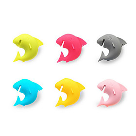 6Pcs shark  Party Dedicated Suction Cup Wine Glass Silicone Label Rubber Wine Glasses Recognizer Marker (Random Color) 5085502