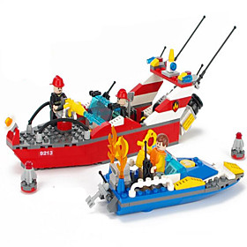 Action Figures  Stuffed Animals / Building Blocks For Gift  Building Blocks Model  Building Toy Ship ABS5 to 7 Years / 8 to 13 Years / 315PCS 5421534