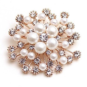 Women's Synthetic Diamond Brooches Imitation Pearl Flower Ladies Classic Fashion Brooch Jewelry Gold For Wedding Daily Masquerade Engagement Party Prom Date